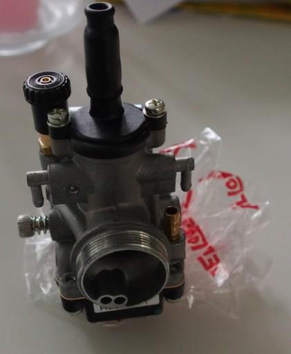 Kaasuttimen (Dellorto PHBG) säätäminen sisäänajoa varten (2/6)