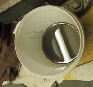 Huonoksi päässyttä (vetistä) öljyä tuli vähänlaisesti.