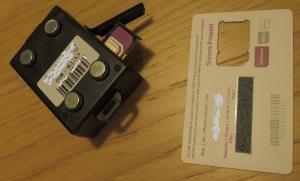 SIM-kortti tulee olla kokoa MINI (normaali). Muista disabloida PIN-koodin kysely!